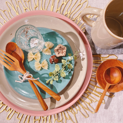 MARIAの食器で、テーブルを春夏仕様に♪